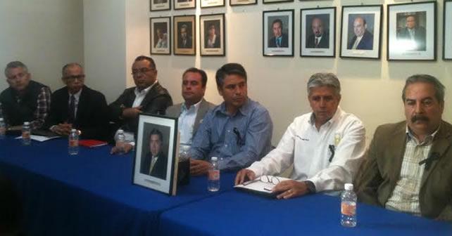Photo of Profesionistas piden esclarecer asesinato de Leobardo Magaña