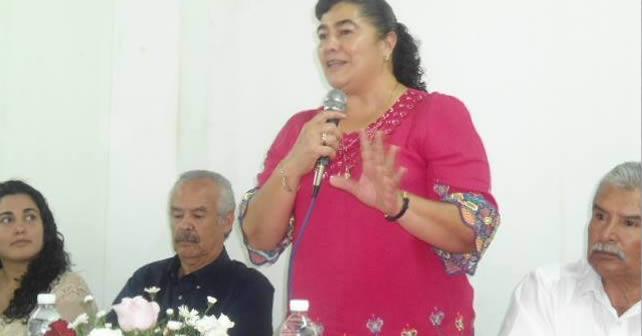 """Photo of """"Ni maestra, ni penjamense"""", ni termina un puesto y ya quiere otro; Cony Navarrete"""