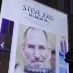 Retiran monumento a Steve Jobs luego de que su sucesor reconociera ser gay