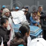 "Pasean a muerto en ataúd; se manifiestan ""ucopistas"""