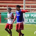 """Ronaldinho vestirá la playera de la """"Trinca"""""""