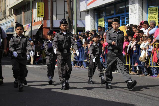 145 años de la municipalización de Abasolo; Desfile - Periodico Notus (Comunicado de prensa)