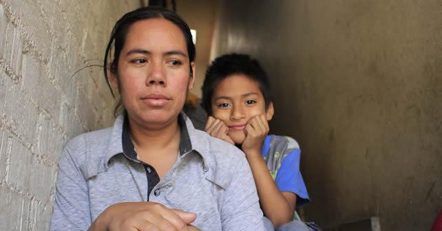 """Photo of DIF custodia a niña """"maltratada"""""""