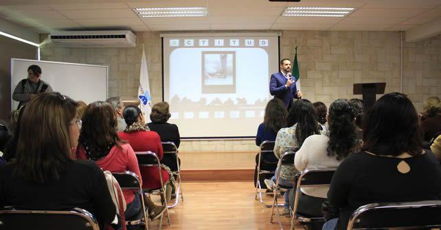 Photo of Instituto Irapuato presentó conferencia: Actitud – es