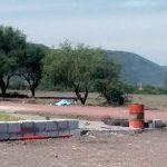 Balacera en Pénjamo deja un muerto; víctima estaba sentada en árbol