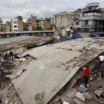 Nepal solicita ayuda y estima que cifra de muertos aumentará tras devastador sismo