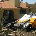 Tolva se impacta contra residencia de Villas de Irapuato