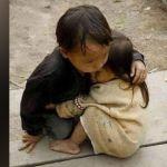 """Revelan el origen de la foto de """"los hermanitos abrazados"""""""