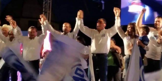 """Photo of """"Los pueblos y las comunidades se han vestido de azul"""", así cierra Moy Cortéz en Cuerámaro"""