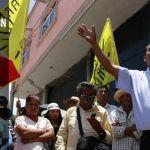 Manifestación del PRD ocasiona cierre de negocios y cese de clases