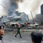 Se desploma avión militar en Indonesia y deja un saldo de 141 muertos