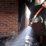 Se quema casa en Potrero de Martínez, en Abasolo