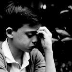 La censura a un niño homosexual desata la ira en Facebook