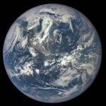 Captan primera imagen completa de la Tierra