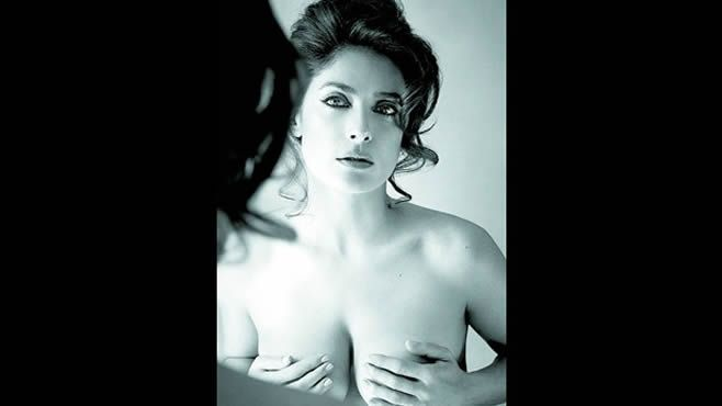 Photo of Salma Hayek posa en topless