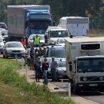 ¡Macabro!, encuentran camión con cuerpos de inmigrantes en estado de descomposición