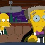 Smithers sale del closet en los Simpson