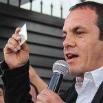 """Cuauhtémoc Blanco pidió 200 millones de pesos ¡para el """"estado"""" de Cuernavaca!"""