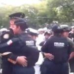 Militares, marinos y federales se ponen a bailar canción de Joan Sebastian