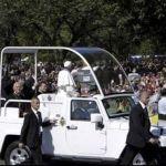 """""""Sean buenos y generosos"""" exhorta el Papa Francisco"""