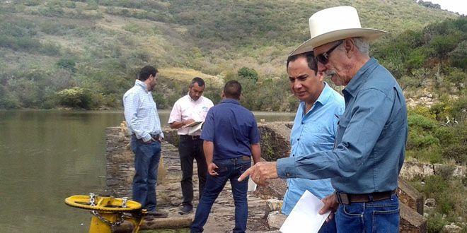 Photo of Heredan deuda casi impagable en Cuerámaro; ni a directores se les indemnizó