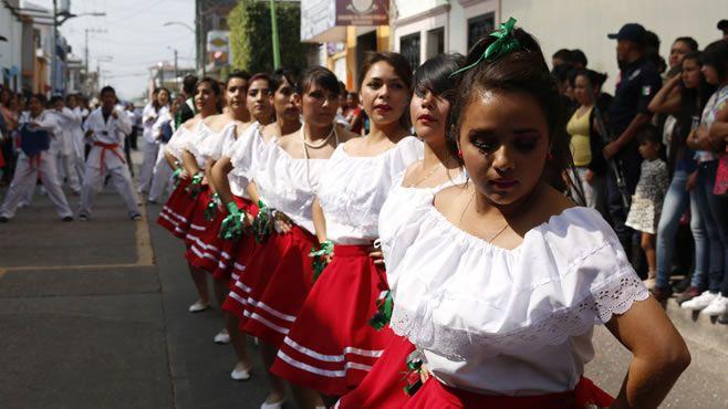 Photo of Pintan de colores calles de Pueblo Nuevo