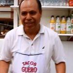 """""""El Güero"""" tacos con tradición y herencia en el mercado de Cuerámaro"""