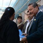 Alcalde de Irapuato entrega escrituras