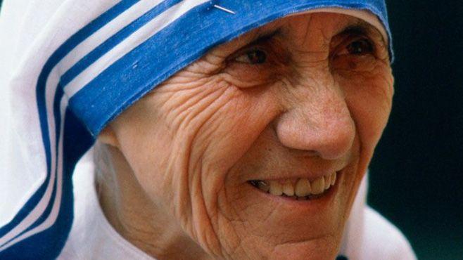 madre teresa de calcuta santa