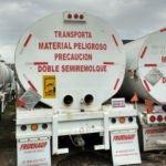 Aseguran más de 60 mil litros de combustible, tracto-camiones y pipas robadas