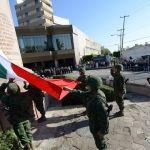 Encabezan autoridades ceremonia del Día de la Bandera
