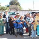 Lleva DIF municipal cobijas a comunidades