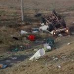 Muere comerciante en volcadura sobre la federal 90