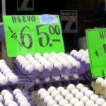 """""""Superdólar"""" eleva precio de tortilla y huevo, acusan comerciantes"""
