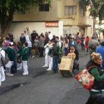 Desalojan clínica 10 del IMSS por presunta amenaza de bomba