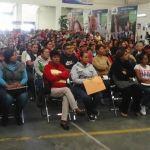 Entregan apoyos educativos por 16 millones 450 mil pesos