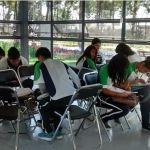Tras huelga, alumnos del CECyTE toman clases en Parque Irekua