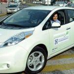 Diputado del PAN presume coche eléctrico de 600 mil pesos