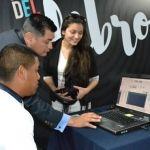 Investigador de la UG expone la importancia de la capacidad auditiva en la Feria Nacional del Libro de León