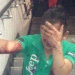 """Mujer golpea a hombre """"que la manoseó"""" en el metro"""