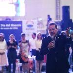 Reconoce alcalde labor de los maestros para lograr una mejor ciudad