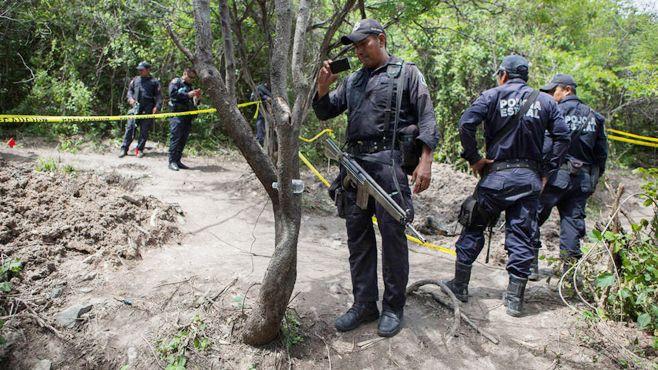 Photo of Hallan restos humanos en dos predios de Iguala