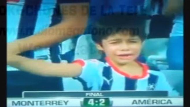 Photo of Llora niño rayado por el pase de su equipo a la gran final del Futbol Mexicano