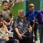 """La Doña: mamá de muchos """"hijos"""" en la Villa Infantil (video)"""