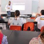 Imparte DIF Pénjamo conferencias a estudiantes del nivel superior