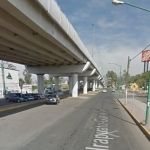 Le detienen el paso bajo el puente Bicentenario y despojan de 48 mp