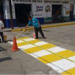 Continúan trabajos de mantenimiento de señalamientos peatonales