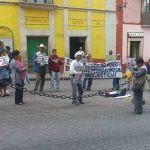 Se manifiestan ex braceros afuera del Congreso del Estado en Guanajuato