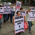 """""""Fuera Mauricio Arce y sus excesos"""": Manifestación contra delegado Prospera"""