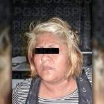 Detienen a mujer, traía droga y una pistola con cartuchos útiles